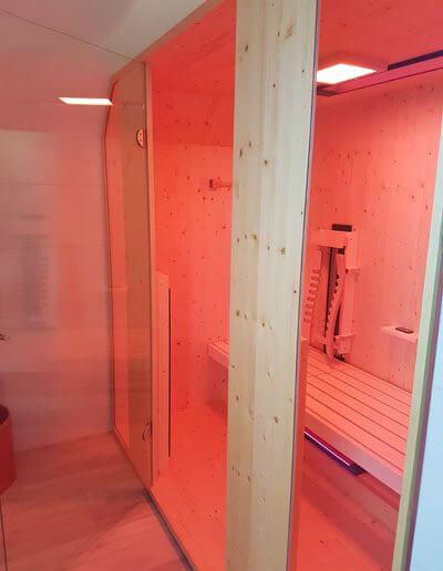 Liegekabine_Einbau Dachschräge Infrarotkabine Wärmekabine Sauna